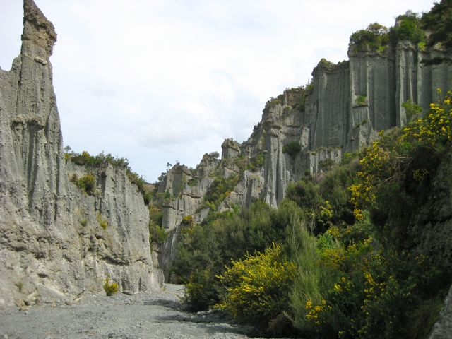 Putangirua Pinnacles National Park. Credit: Rebecca Perry.