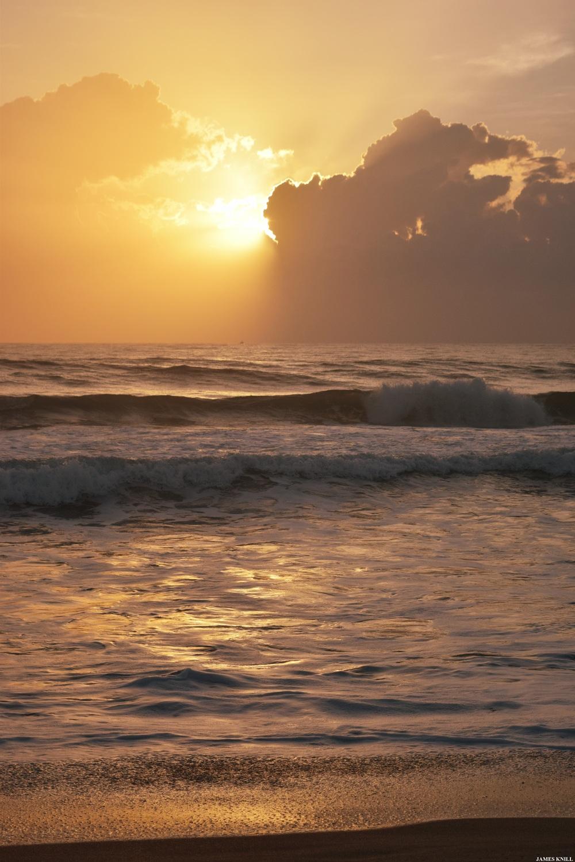 Jupiter Yin Yang Sunrise