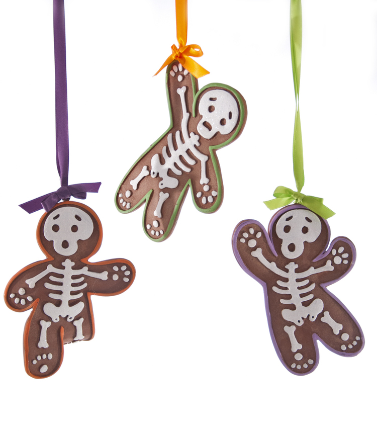 Gingerbread Skeleton Ornaments from Tricky Treats