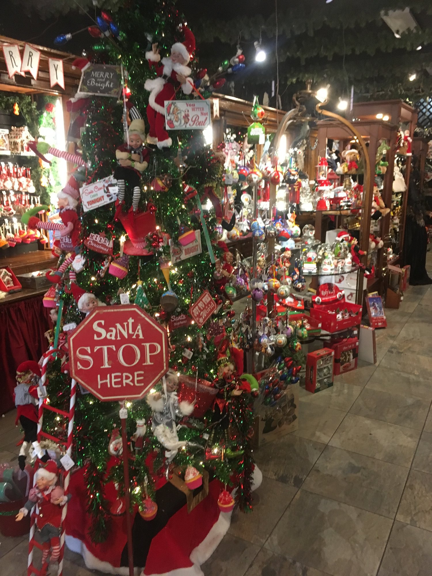 its always christmas in the quarter with santas quarters holiday shop - Always Christmas