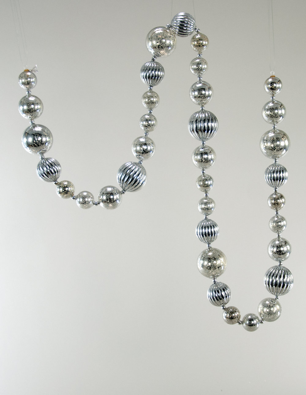 Silver Fifi Garland - Small  37-837603