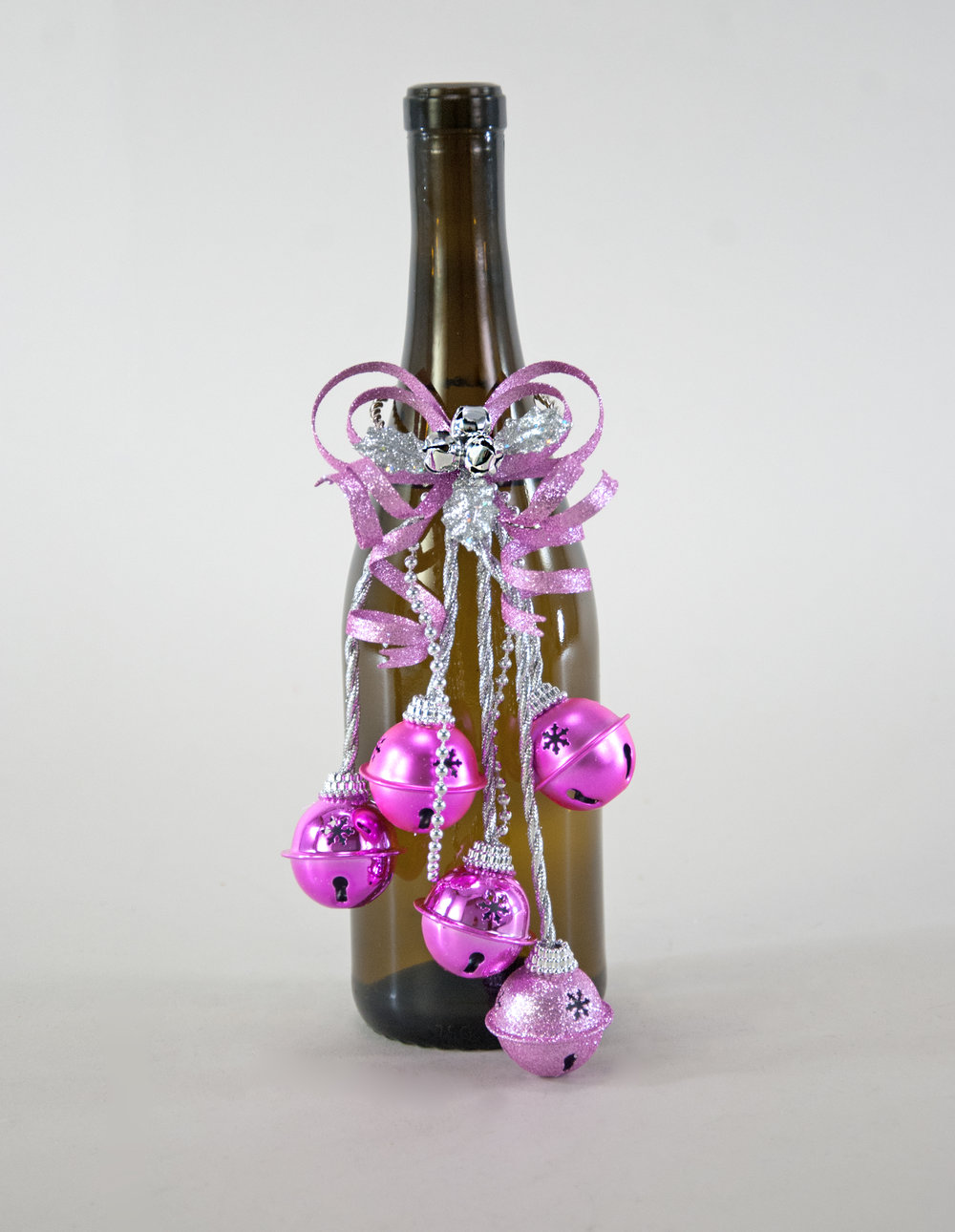 Fifi Wine Bottle Topper/Bells  39-839625