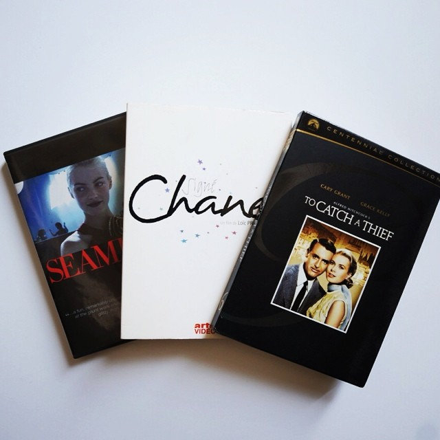 What are your favorite #fashionmovies ? I'm binging this weekend, my all time favorite is Signé Chanel. Next on the list to watch: Mademoiselle C, and Diana Vreeland: the Eye has to Travel. To catch a thief is in there just because I love #EdithHead😛