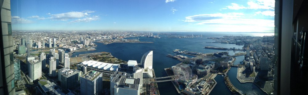 Ahhh, Japan. Whenever I arrive at Narita I feel like I'm home again. So nice to see you japan!     A panorama of Minato Mirai, Yokohama.