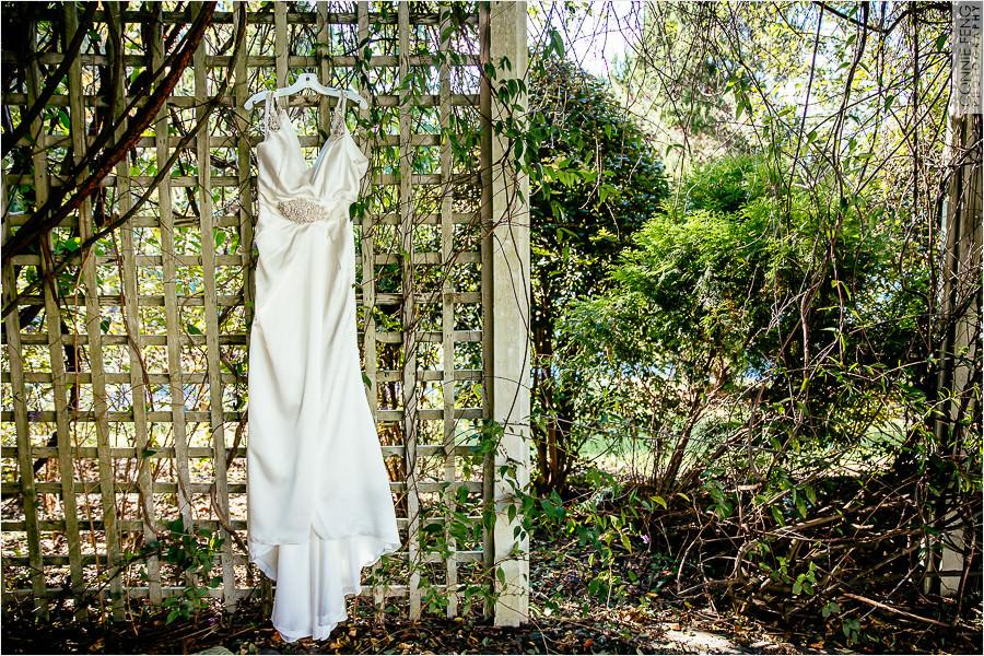 runnymede-plantation-rougemont-nc-wedding-photographer-01.jpg