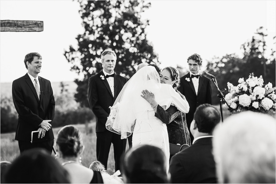 runnymede-plantation-rougemont-nc-wedding-photographer-34.jpg