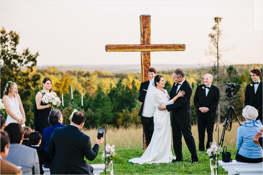 runnymede-plantation-rougemont-nc-wedding-photographer-44.jpg
