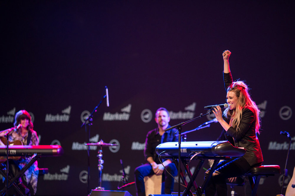 Performance by Rachel Platten
