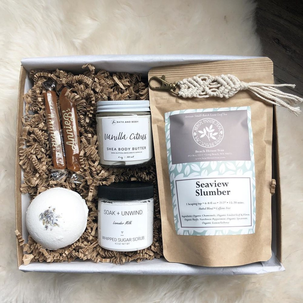 Boxed Gift Co - Summer 2018 Curated Box