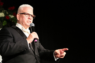 pastor-warner-40th-anniversary1.jpg