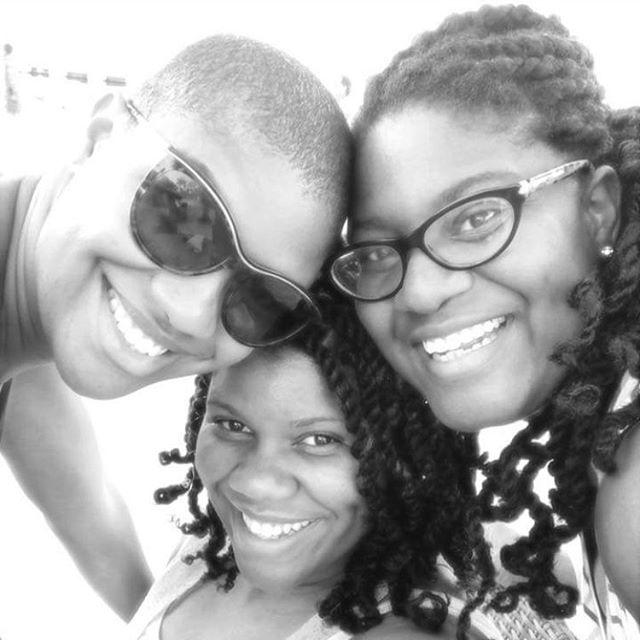 Love like sisters. ❤️