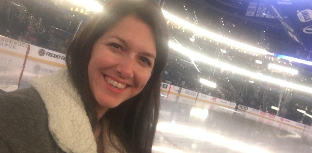 Alessandra Torre hockey