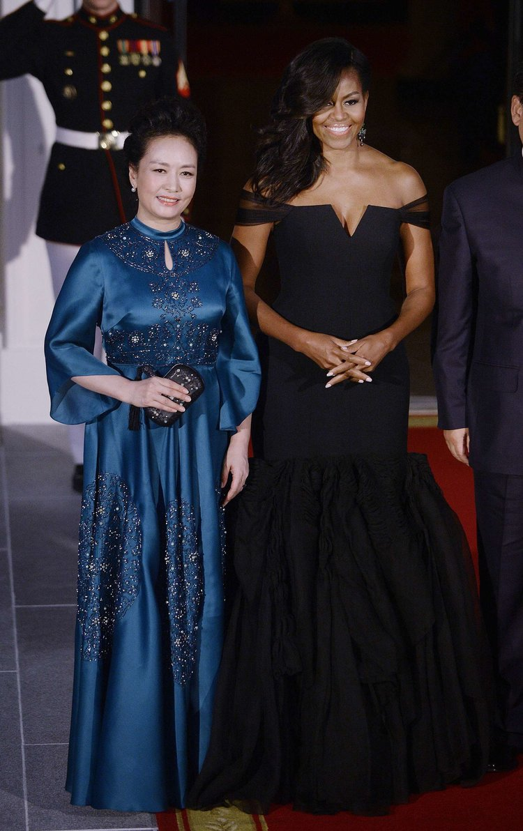 Peng Liyuan and Michella Obama