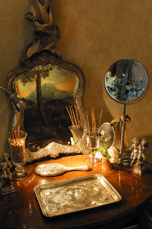 Napoleone Suite - Bedroom Detail