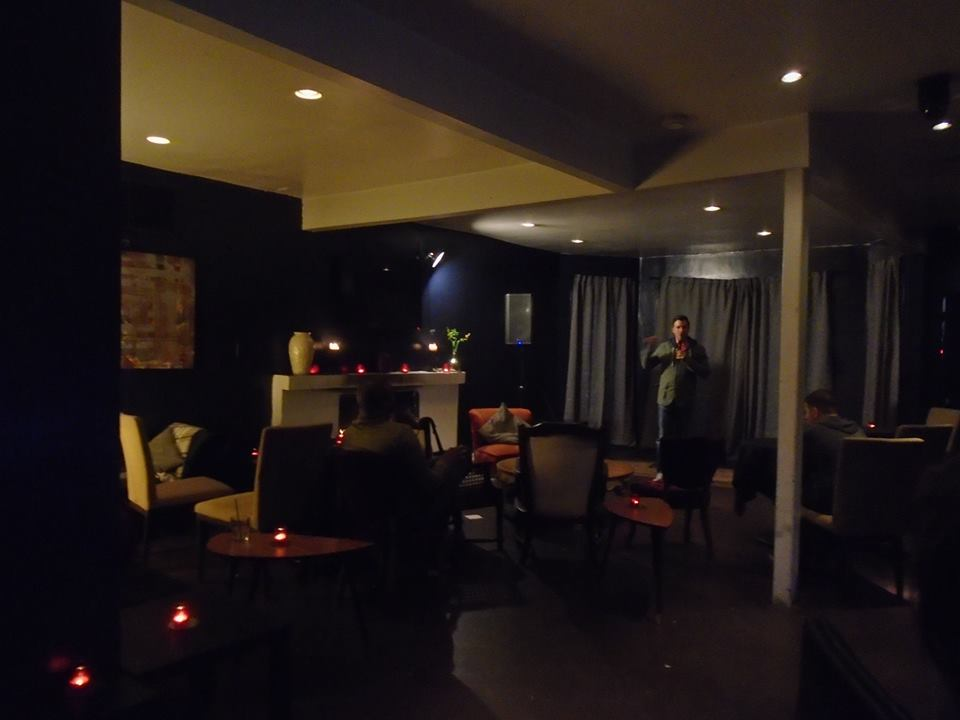 Nice room and a cozy fire. Vaucluse could've been something.