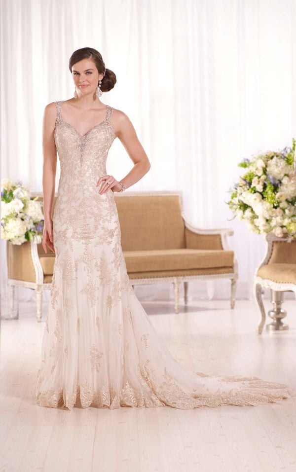 PanacheBridalBoutique.com - Essense - #D2050