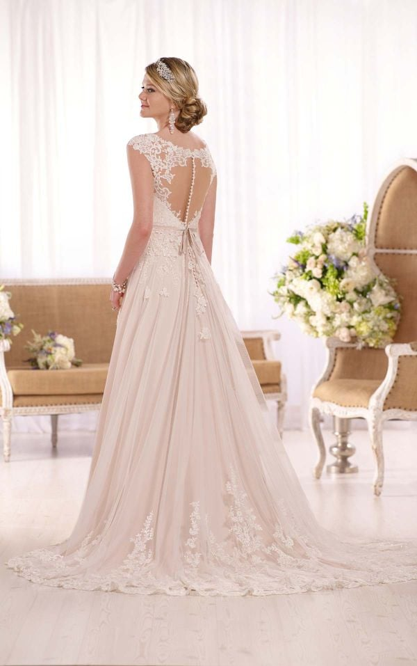 PanacheBridalBoutique.com - Essense - #D1999