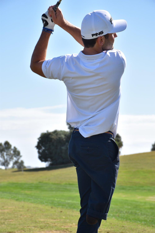 En las imágenes, el golfista español Juan Postigo Arce participando en diferentes competiciones en países europeos y en Estados Unidos . JUAN POSTIGO ARCE.