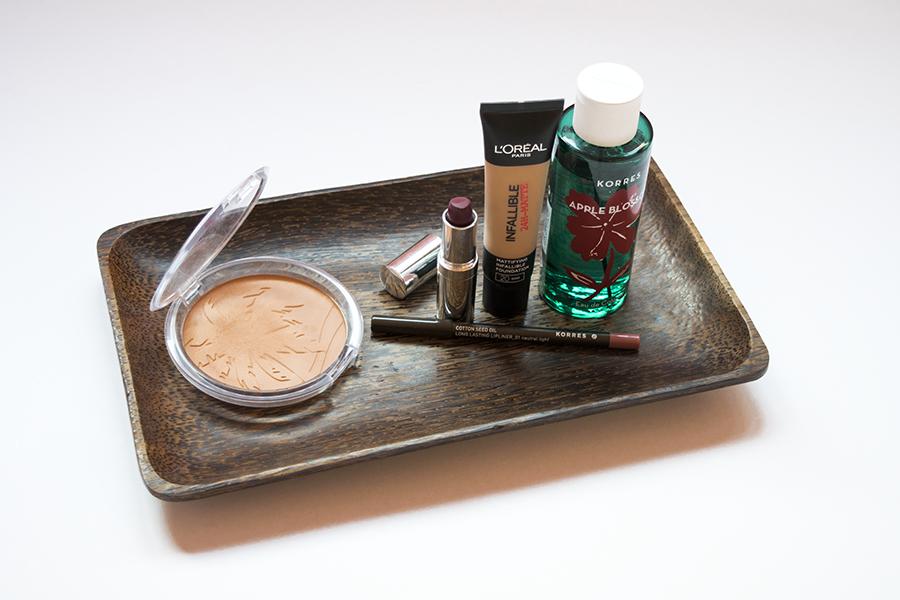 essence-matte-bronzer-korres-neutral-seventeen-plum-lipstick-appleblossom