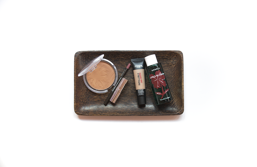 essence-sunclub-bronzer-loreal-infallible-foundation-korres-neutral-light-pencil-seventeen-plum-lipstick-korres-eaudecologne-appleblossom