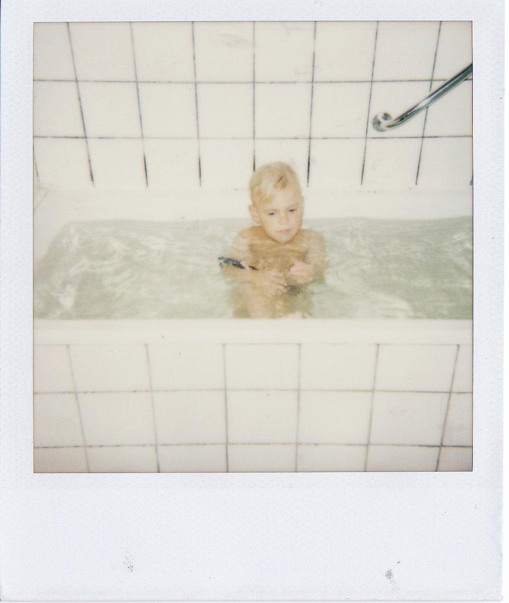 isabellastahl_w_bath.jpg