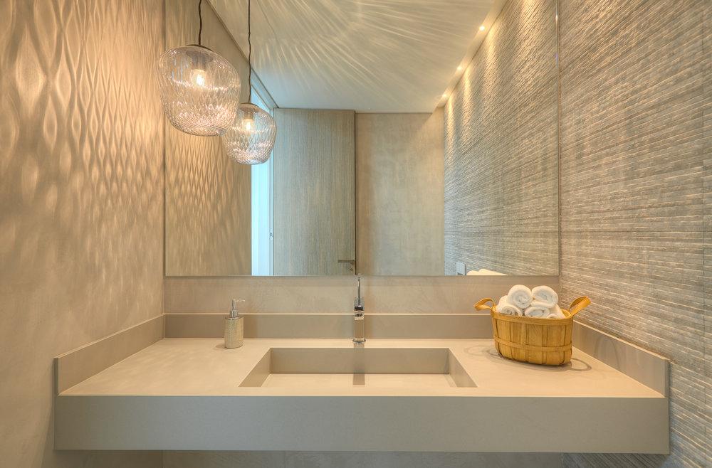 bathroom_10.jpg