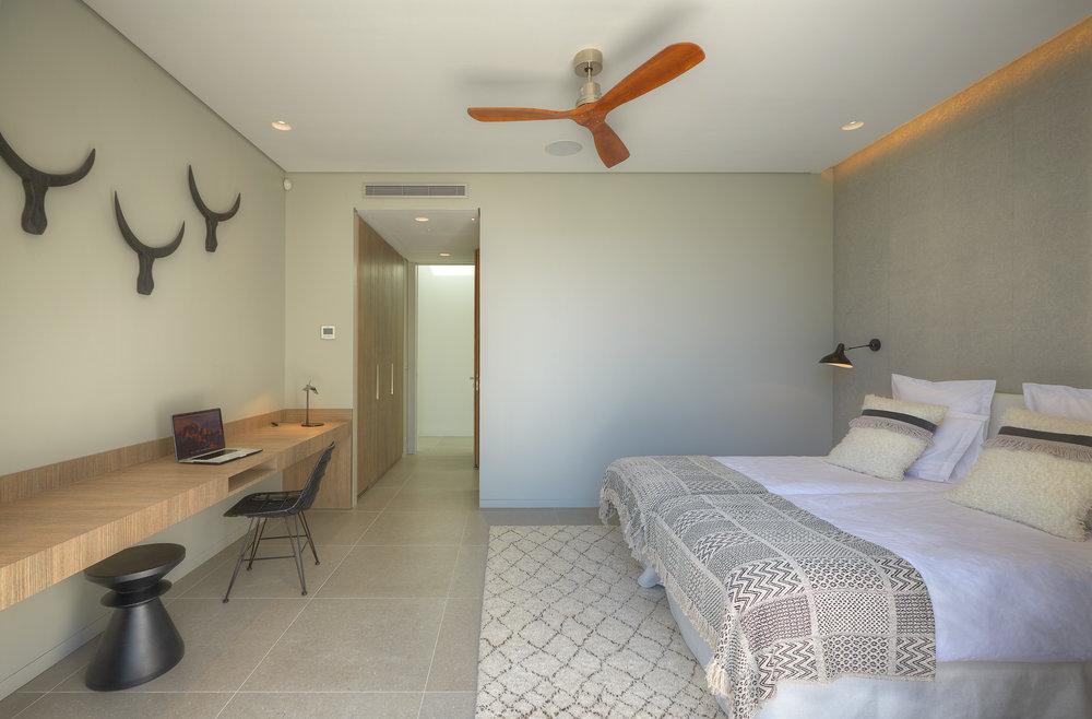 bedroom_1_3.jpg