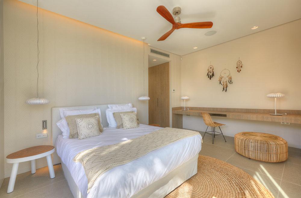 bedroom_5_2.jpg