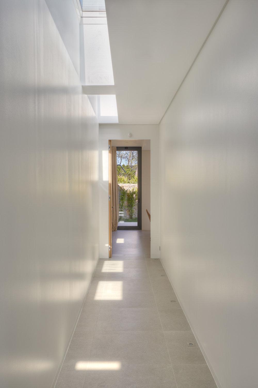 corridor_1.jpg