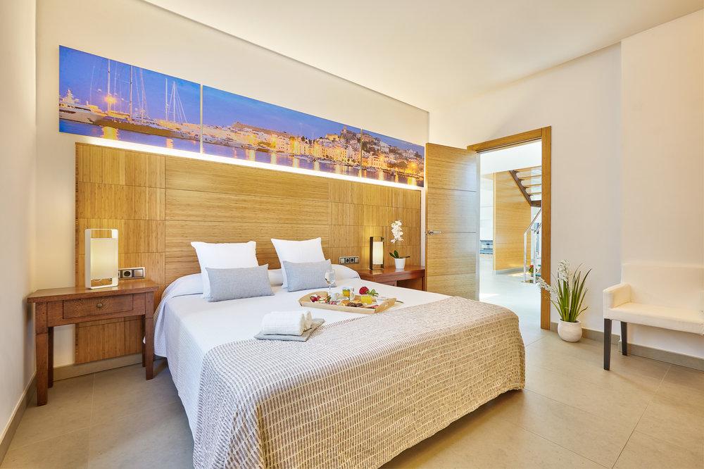 Bedroom_2.2.jpg