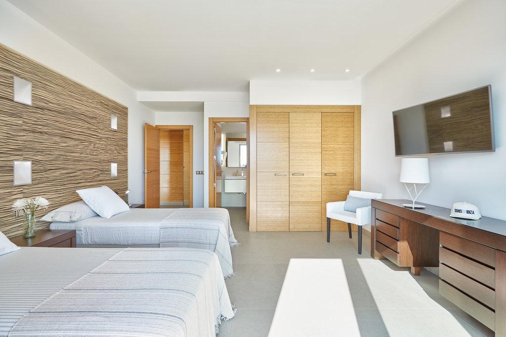 Bedroom_3.2.jpg