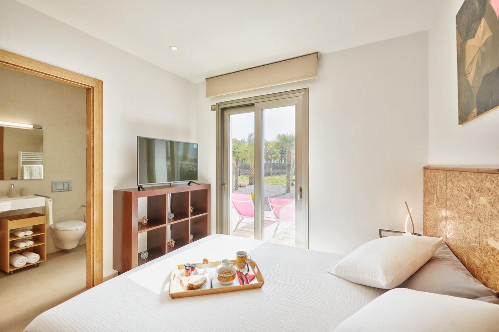 Guest_Bedroom_1.2.jpg
