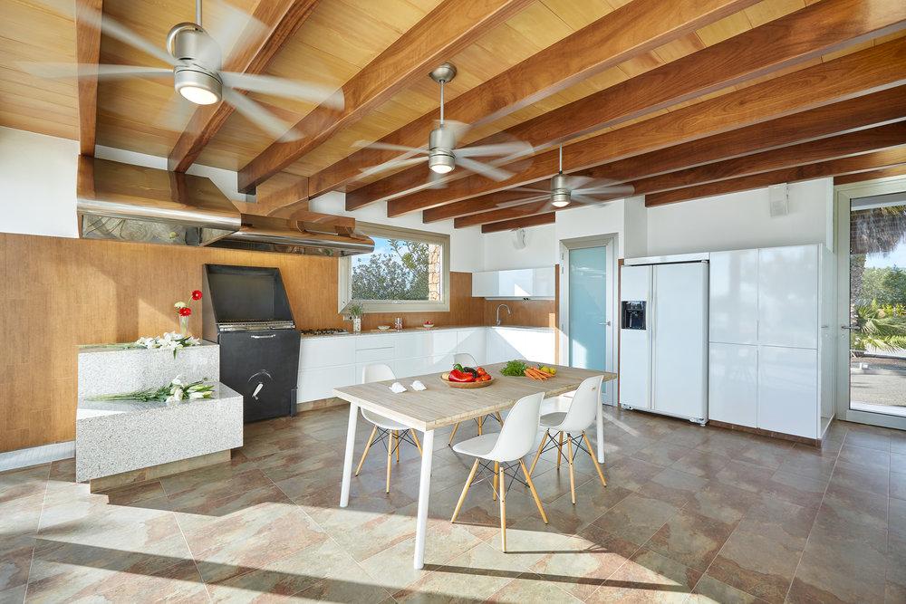 Kitchen_Summer_2.jpg