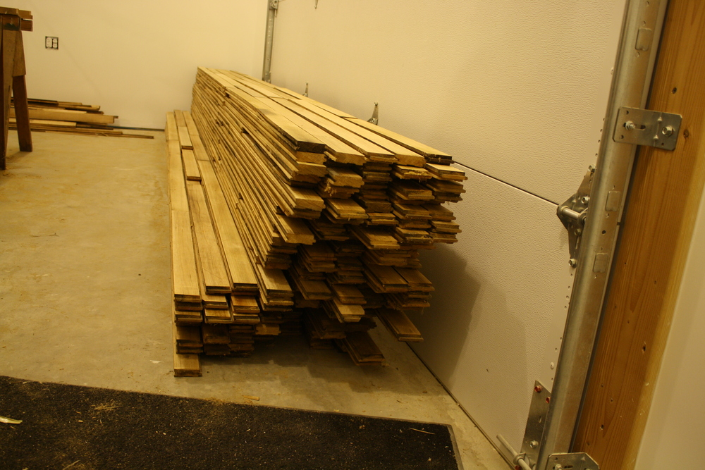 Reclaimed maple flooring that was found in a shed behind a friend's house (thanks ryan!) was used in the loft portion.
