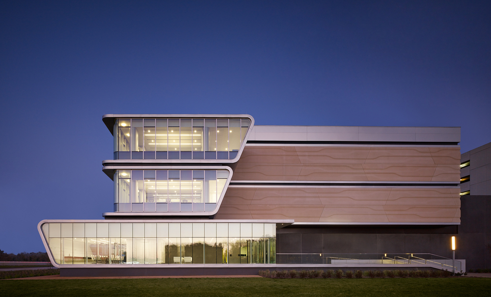 BP Center  HOK  Houston, TX      Return to Projects
