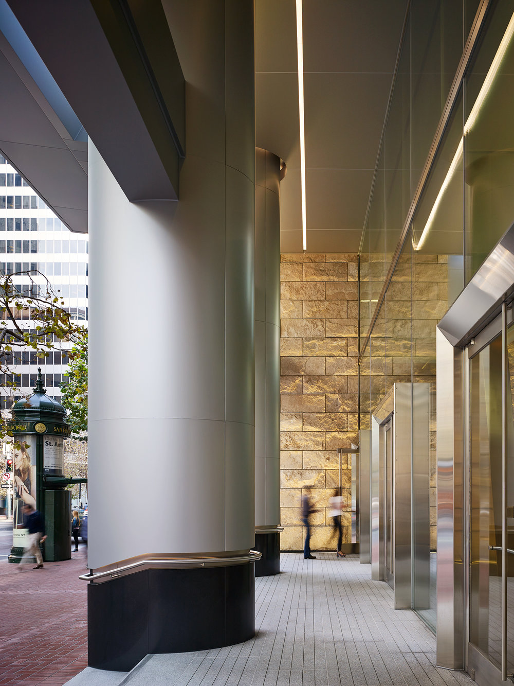 525 Market Street    Renovation Architect: KEATING    San Francisco, CA     Nick Merrick