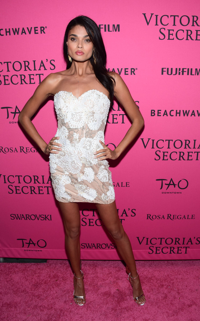 2015+Victoria+Secret+Fashion+After+Party+Pink+1Dptoui-btCx.jpg