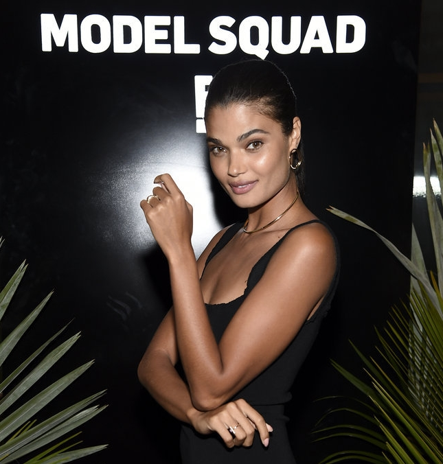 MODEL SQUAD PREMIERE PARTY   (CLICK TO VIEW GALLERY)