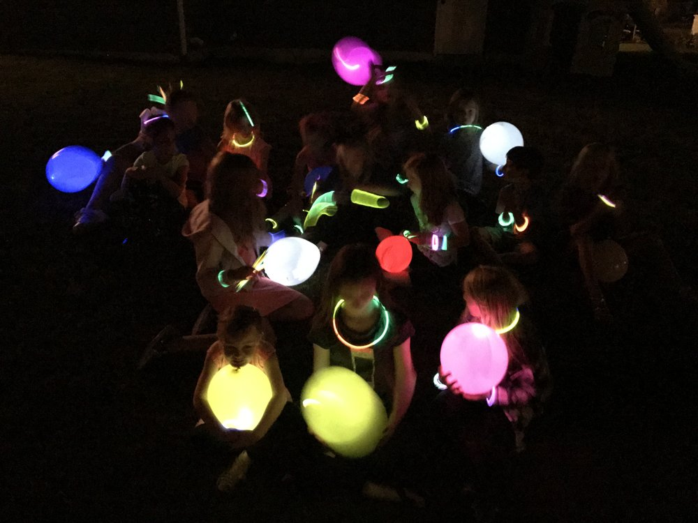 glow in the dark party activities
