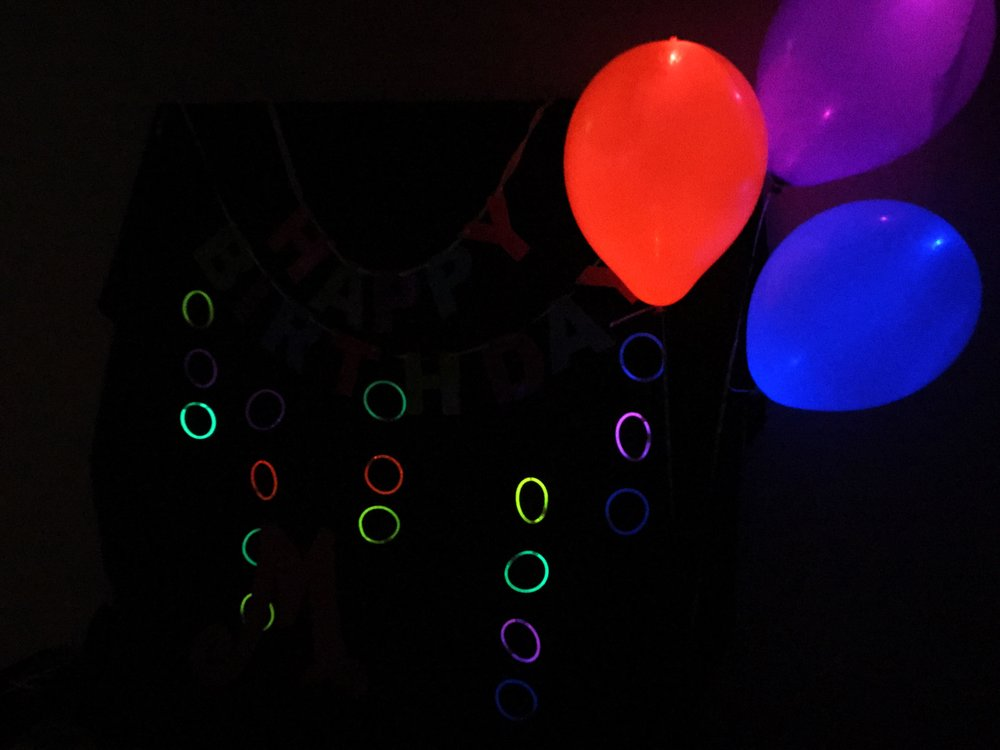How to host a glow in the dark party