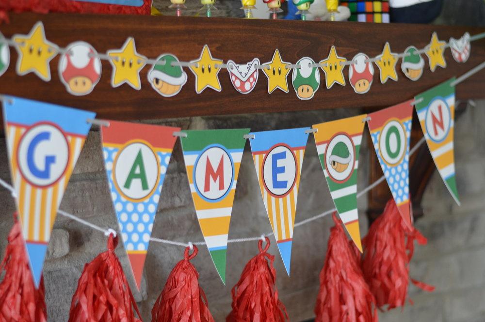 super Mario decorations