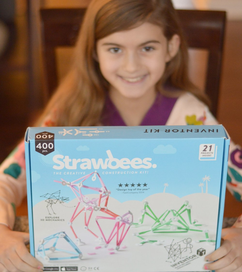 strawbees STEAM toys