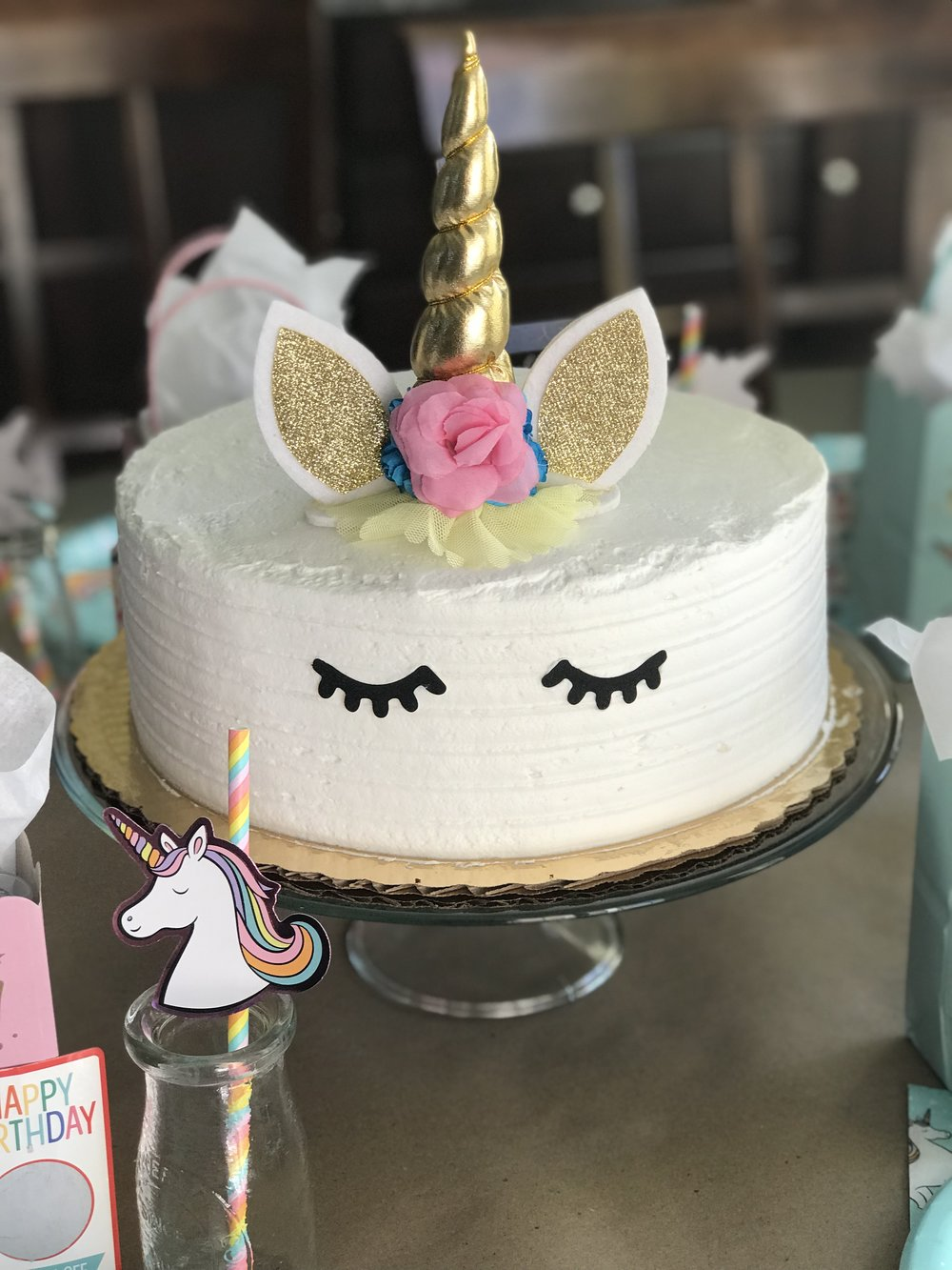 DIY unicorn cake