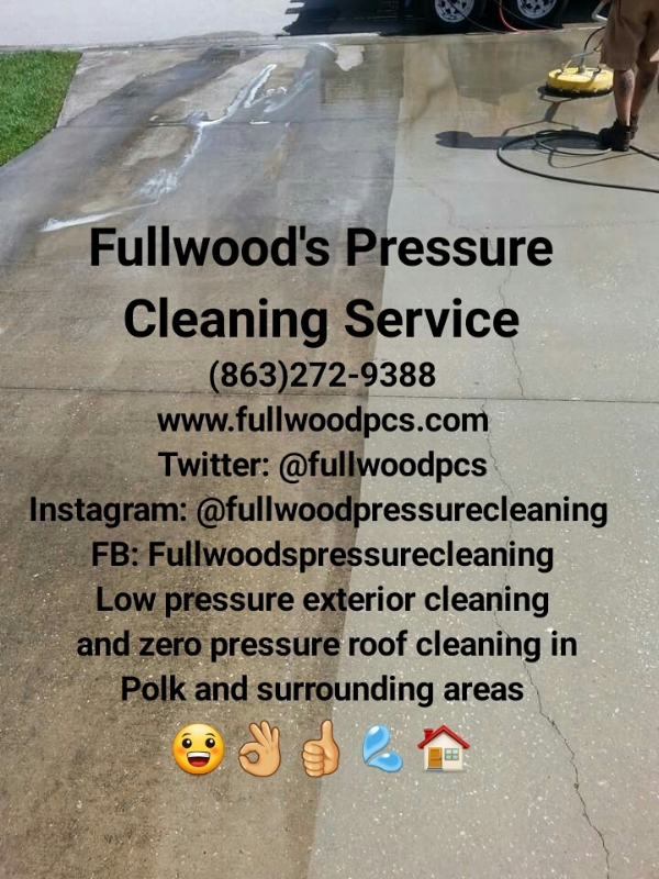 Tampa, Lakeland, Polk peeps!  Get a house bath from Fullwood's Pressure Cleaning Service!