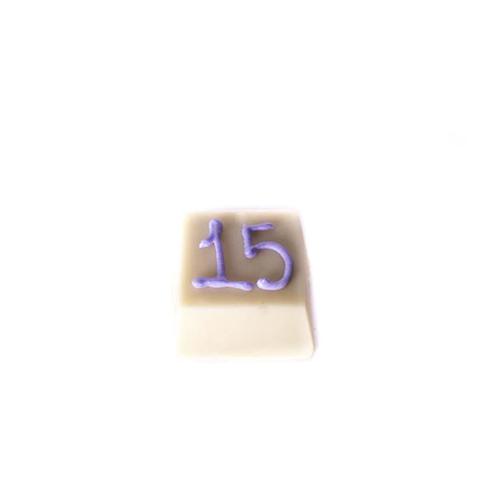 P18- Trufa 18g- decorada com glacê.png