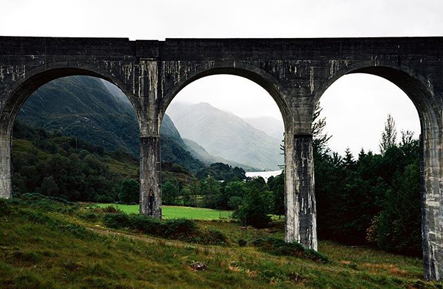 A year ago I went to Scotland and just got round to developing a roll of film from the trip. Here's a picture of spectacular Glenfinnan Viaduct bridge #glenfinnanviaduct #scotland #naturephotography #landscapephotography #filmphotography #visualoflife #visualscollective #creativelifehappylife #livecreatively #thenativecreative #doitfortheprocess #creativeprocess #naturephoto #naturesbeauty #welivetoexplore