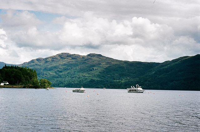 It's World Tourism Day ⛰ what an excuse to post an old picture from my travels as I'm currently sulking in London office #travel #adventure #scotland #scotlandsbeauty #clouds #tateintravel #lake #filmphotography