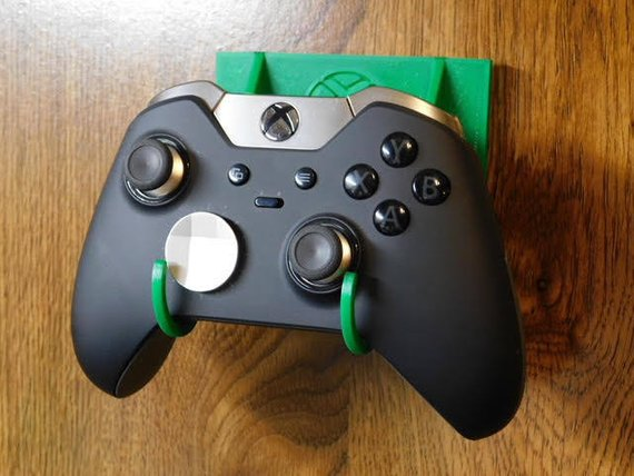- Here is the perfect solution! This Xbox controller (Controllers Not included) mount will keep your Xbox Controllers organized and in one location. $3.50Check It Out