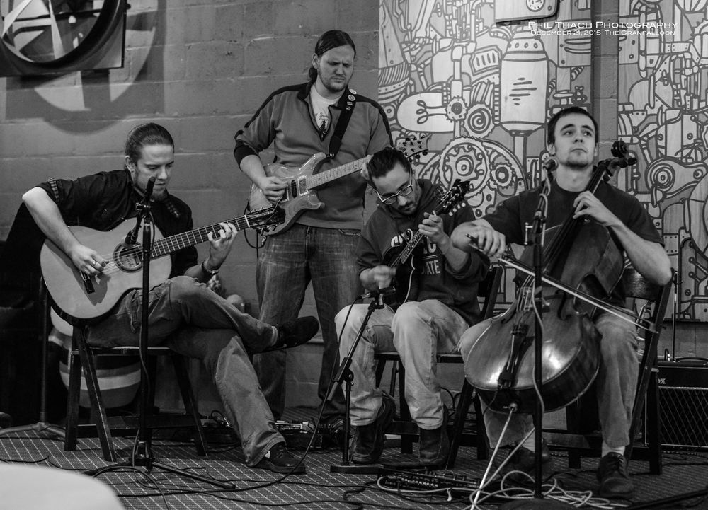 Local Musicians come together to jam.  photo credit to Phil Thatch Photography