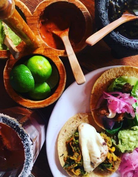 El Parnita (Mexican antojitos offered in a dining room with casual atmosphere)